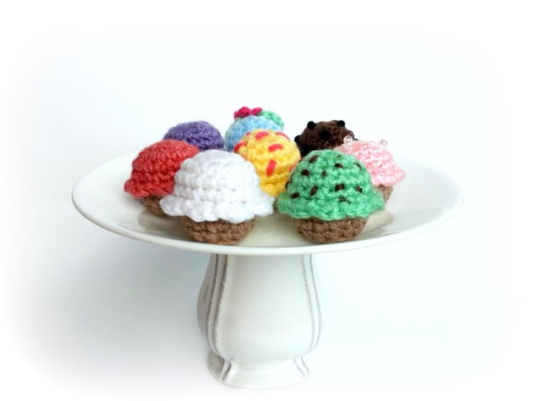 Cake stand1