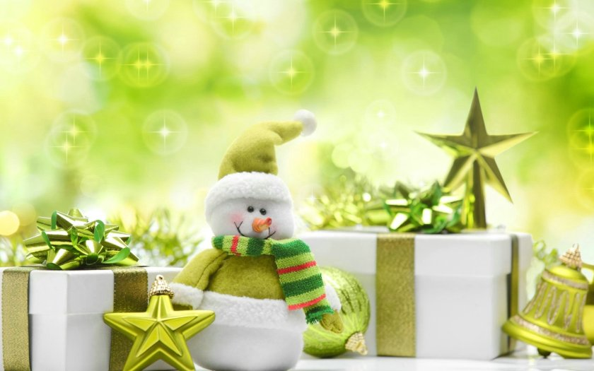 green-christmas-presents_104231